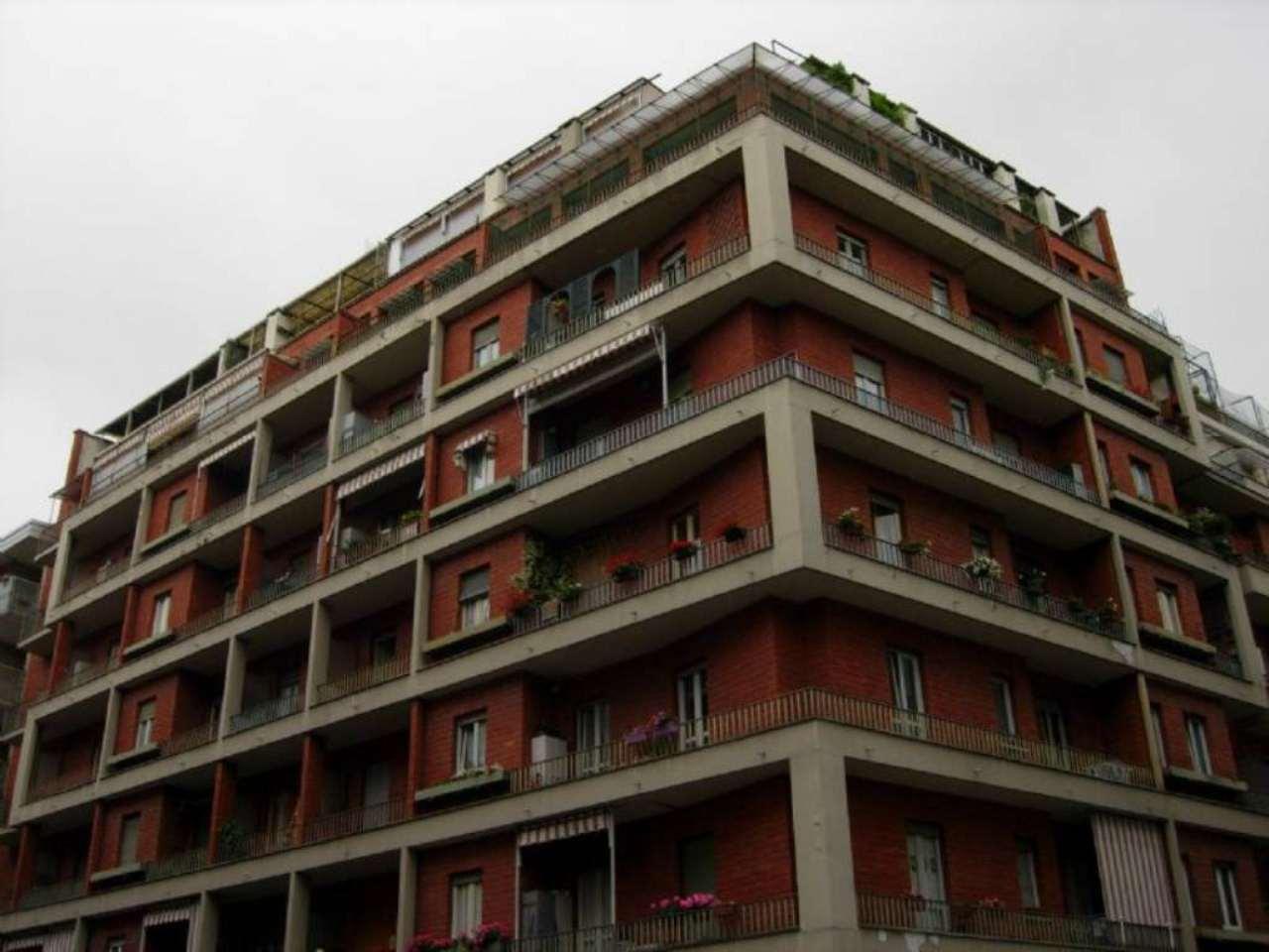 Bilocale Torino Via Tripoli 1