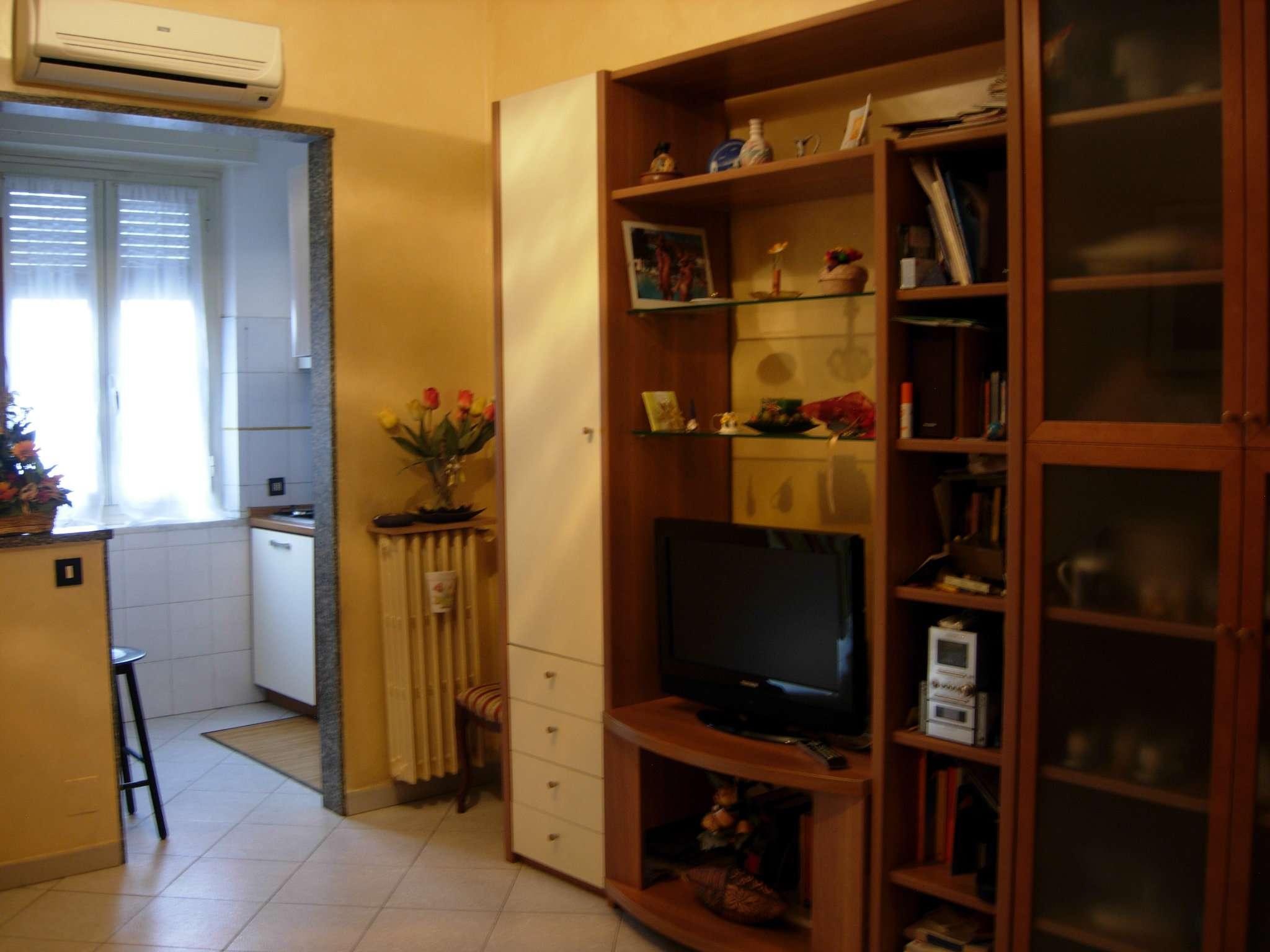 Bilocale Torino Via Tripoli 4