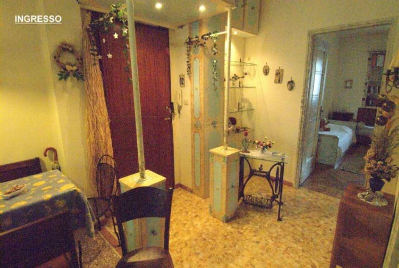 Bilocale Torino Via Mombasiglio 12