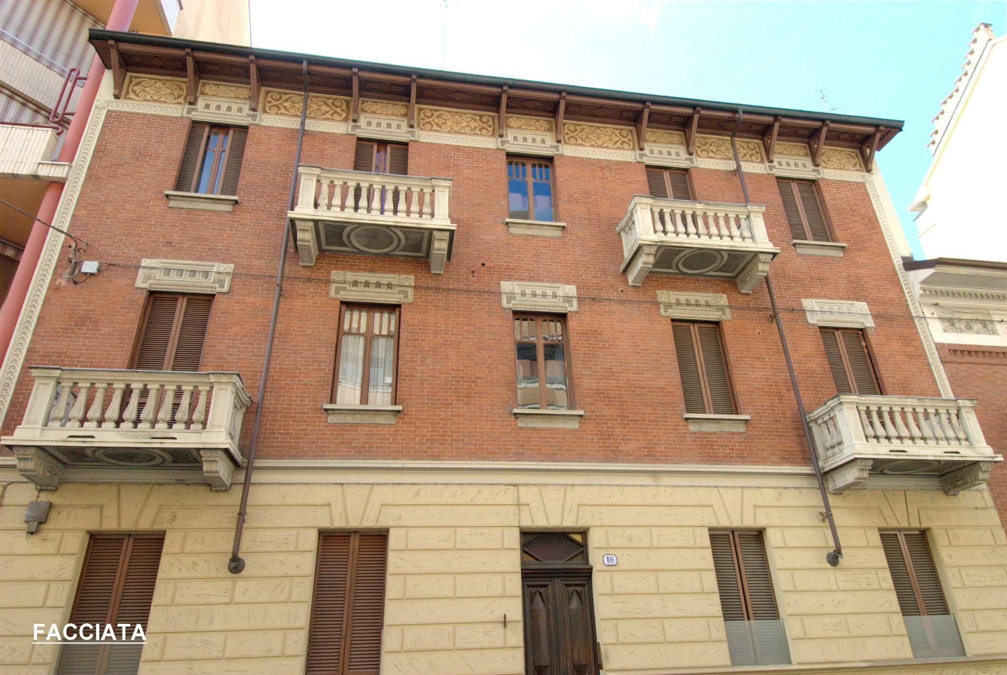 Bilocale Torino Via Saluggia 7