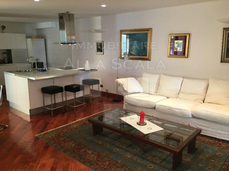 Bilocale milano centro affitto confortevole soggiorno for Case in affitto milano da privati