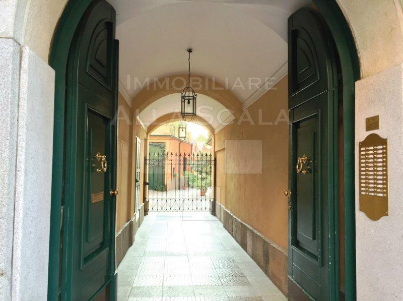 Bilocale Milano Via San Vittore 4
