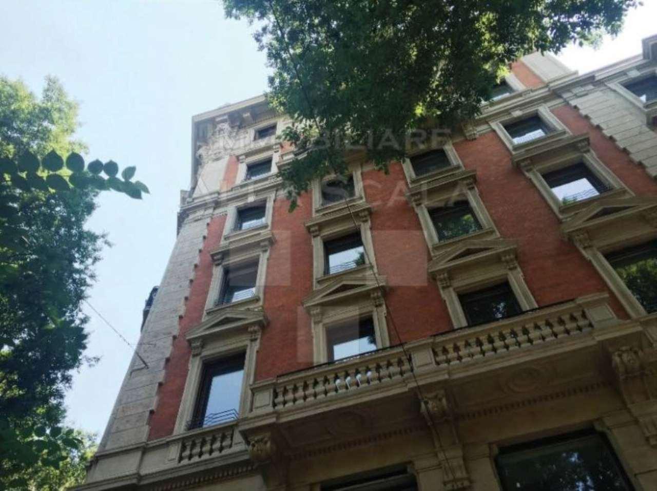 Bilocale Milano Foro Buonaparte 10