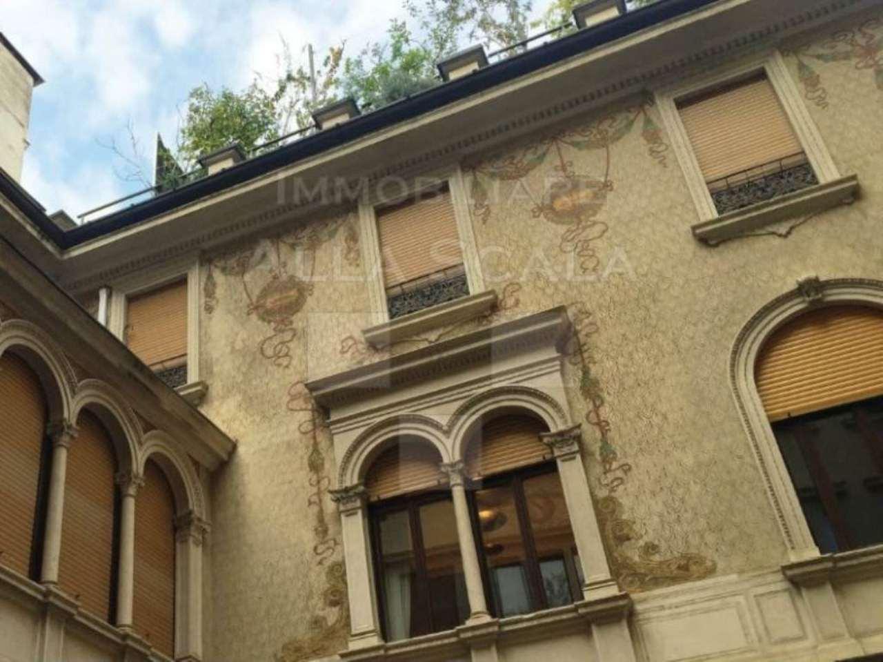 Appartamento in vendita a milano via nerino for Vendita case milano centro