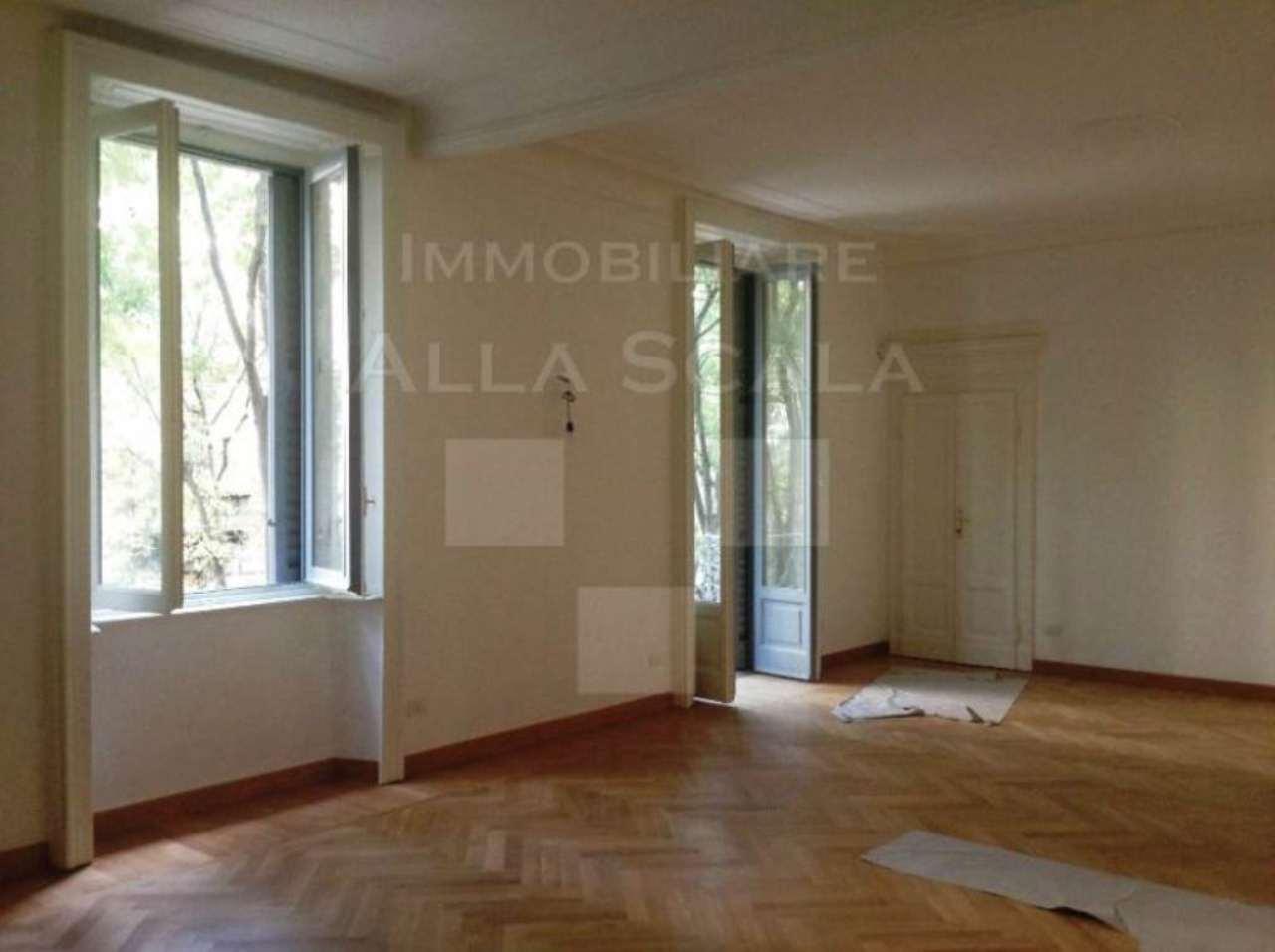 Appartamento in affitto a Milano, 4 locali, zona Zona: 1 . Centro Storico, Duomo, Brera, Cadorna, Cattolica, prezzo € 3.660 | Cambio Casa.it