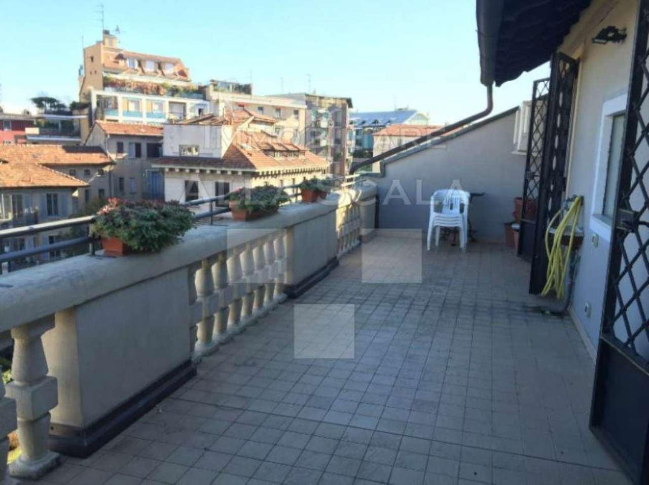 Appartamento in affitto a Milano, 3 locali, zona Zona: 12 . De Angeli, Vercelli, Washington, Sicilia, S. Michele del Carso, prezzo € 2.330   Cambio Casa.it