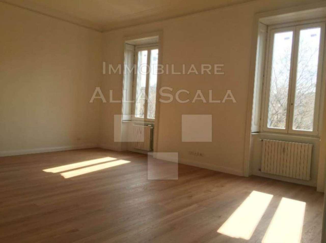 Appartamento in Affitto a Milano 01 Centro storico (Cerchia dei Navigli):  4 locali, 180 mq  - Foto 1