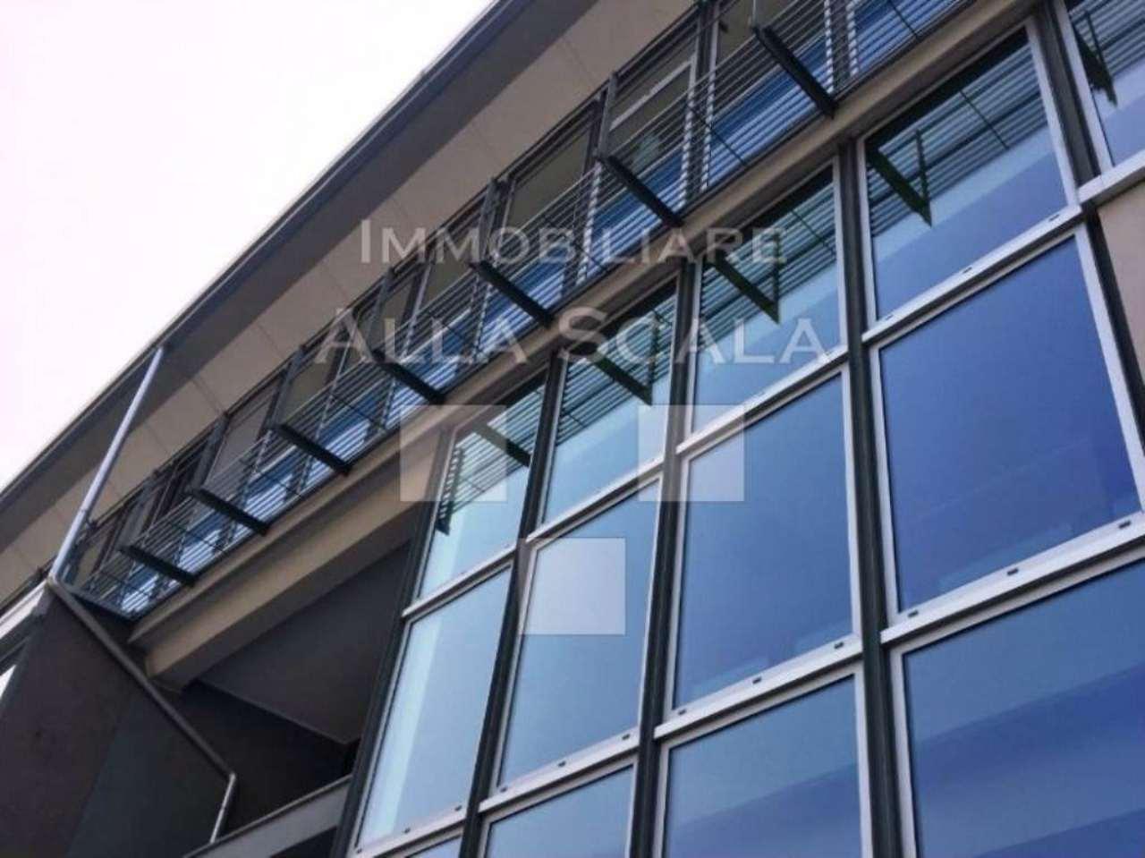 Ufficio / Studio in affitto a Milano, 12 locali, zona Zona: 10 . P.ta Genova, Romolo, Solari, Savona, Tortona, prezzo € 7.720 | CambioCasa.it