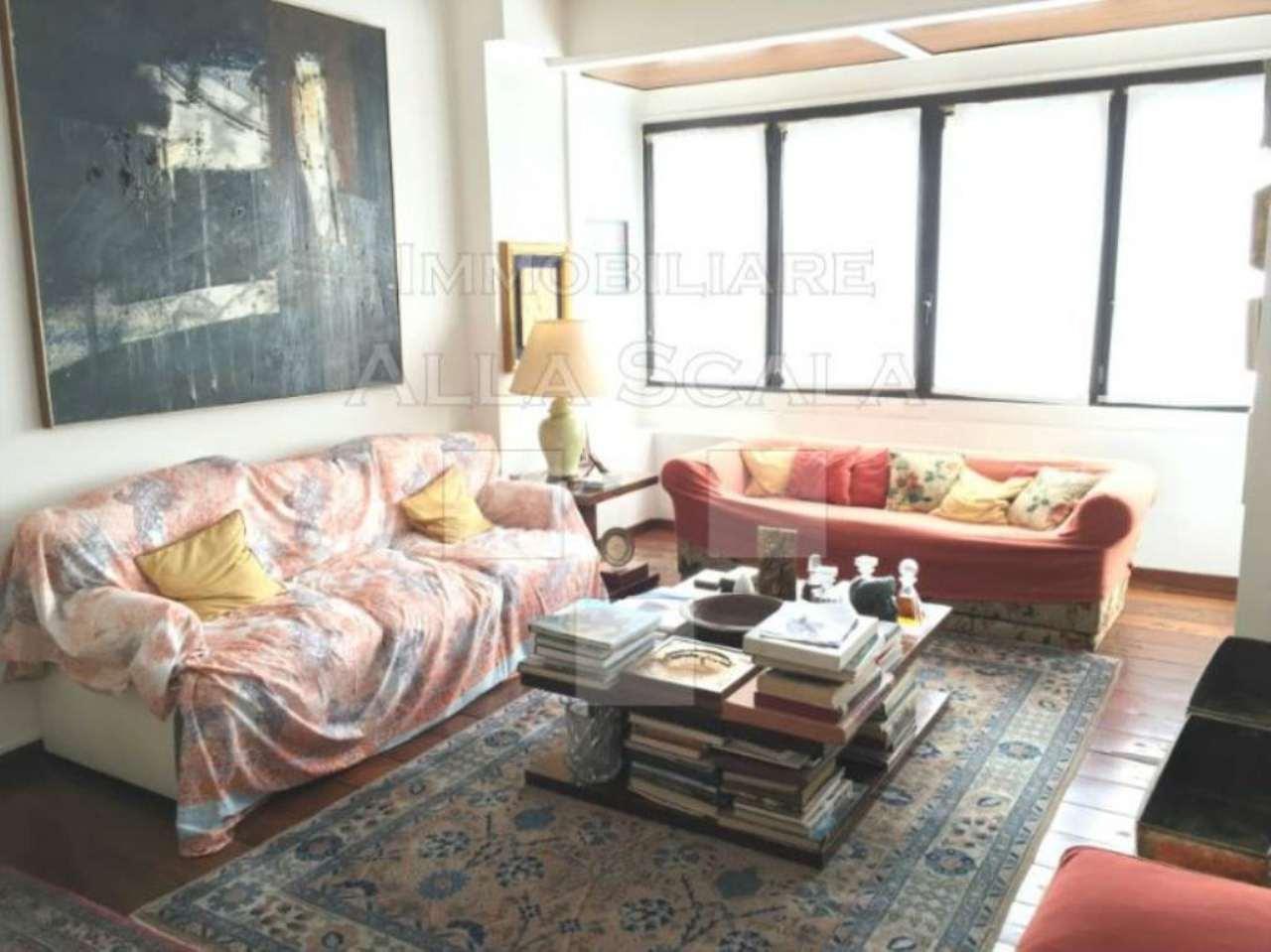 Appartamento in Vendita a Milano: 5 locali, 215 mq - Foto 2