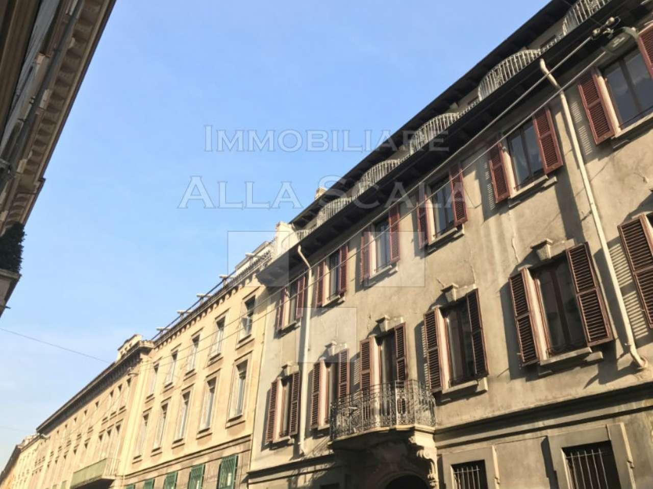 Ufficio-studio in Affitto a Milano 01 Centro storico (Cerchia dei Navigli): 5 locali, 440 mq