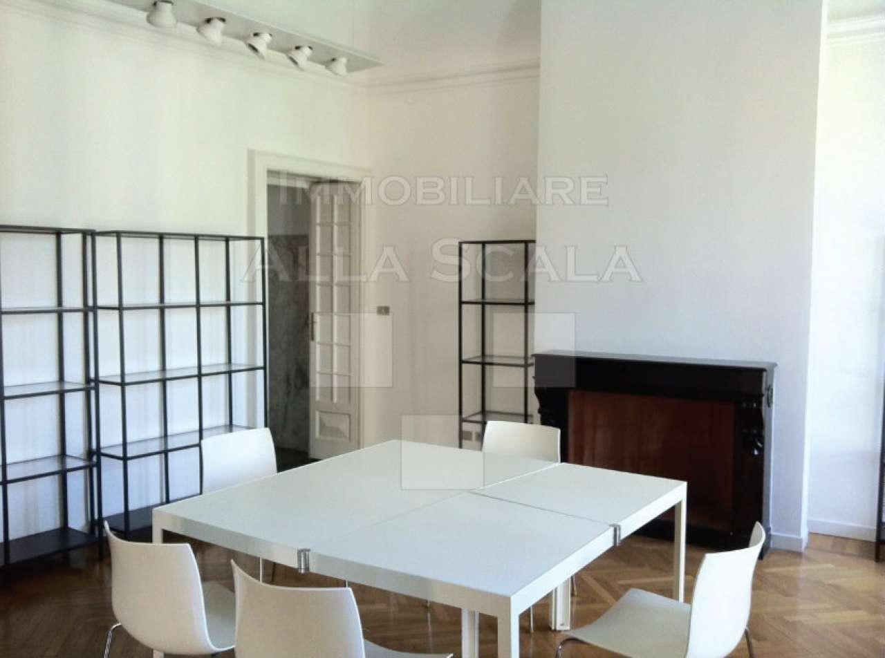 Ufficio-studio in Affitto a Milano 01 Centro storico (Cerchia dei Navigli): 5 locali, 130 mq