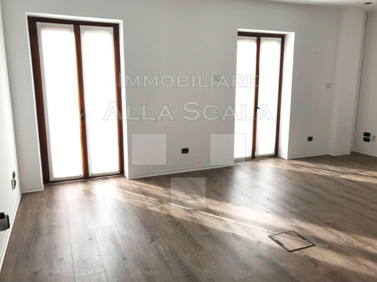 Ufficio-studio in Affitto a Milano 01 Centro storico (Cerchia dei Navigli):  5 locali, 156 mq  - Foto 1