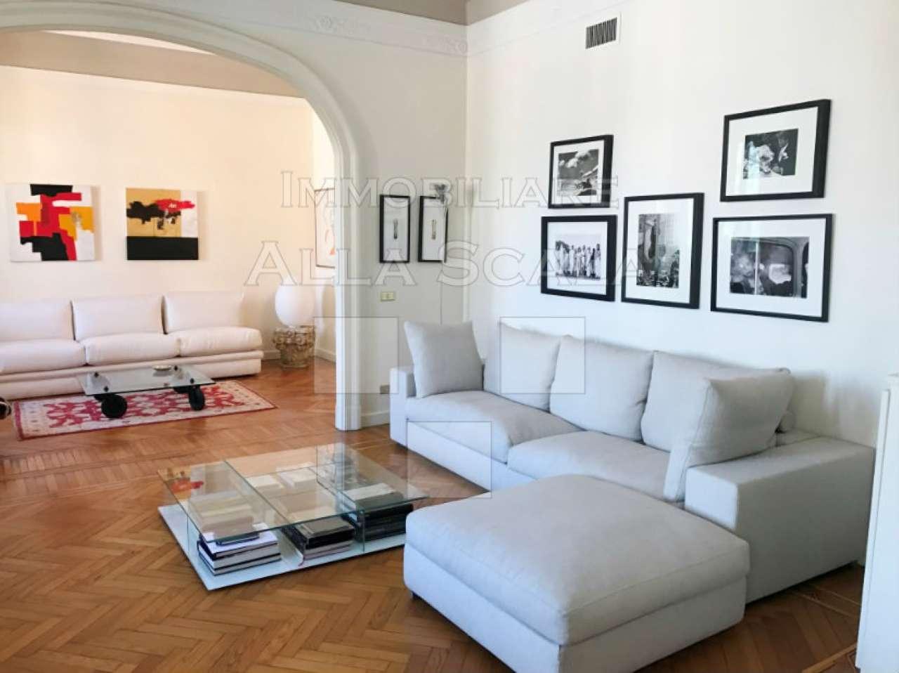 Appartamento in Affitto a Milano 01 Centro storico (Cerchia dei Navigli): 5 locali, 270 mq