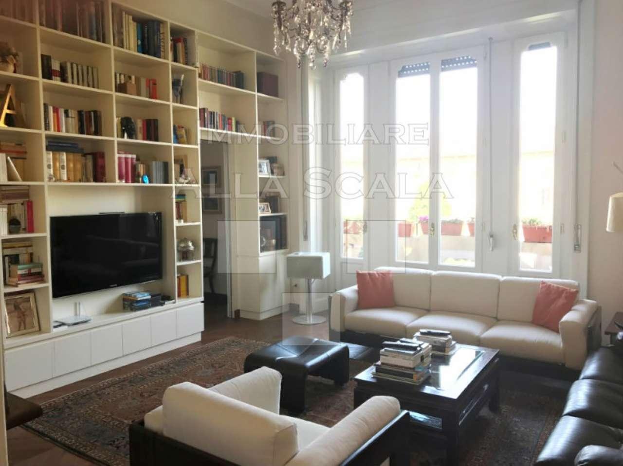 Appartamento in Vendita a Milano: 4 locali, 240 mq - Foto 2