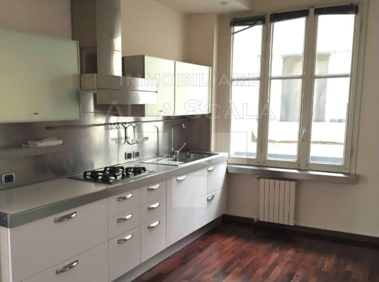 Appartamento in affitto a Milano, 3 locali, zona Zona: 1 . Centro Storico, Duomo, Brera, Cadorna, Cattolica, prezzo € 2.165 | Cambio Casa.it