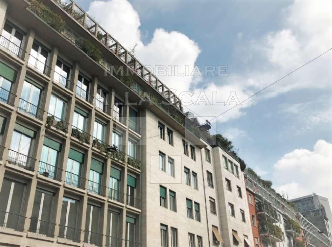 Ufficio-studio in Affitto a Milano 01 Centro storico (Cerchia dei Navigli): 5 locali, 305 mq