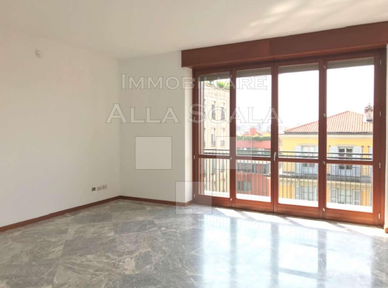 Appartamento in Affitto a Milano 01 Centro storico (Cerchia dei Navigli):  3 locali, 140 mq  - Foto 1