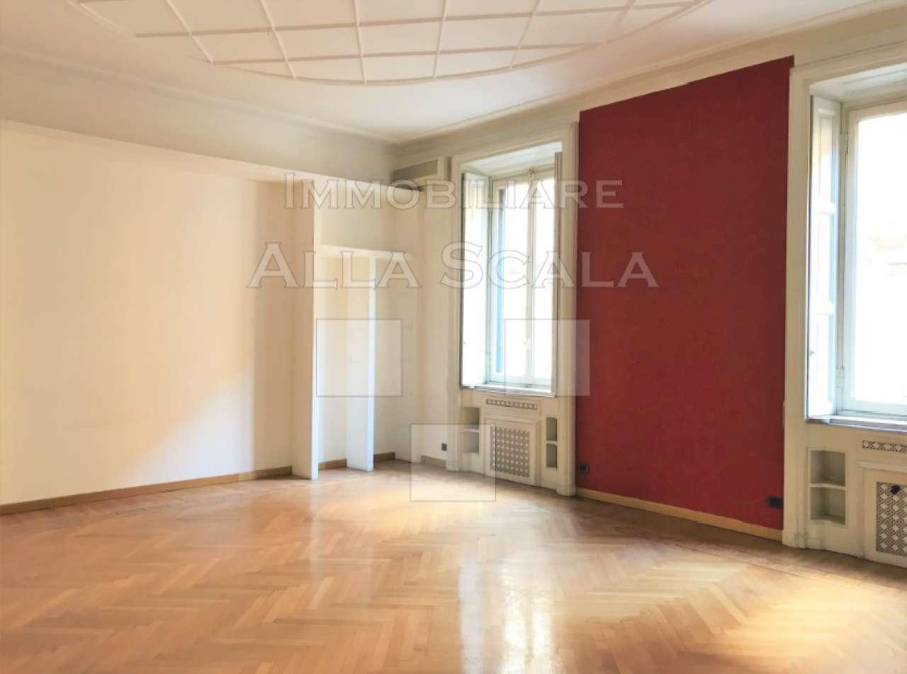Ufficio-studio in Affitto a Milano 08 Vercelli / Magenta / Cadorna / Washington: 5 locali, 140 mq