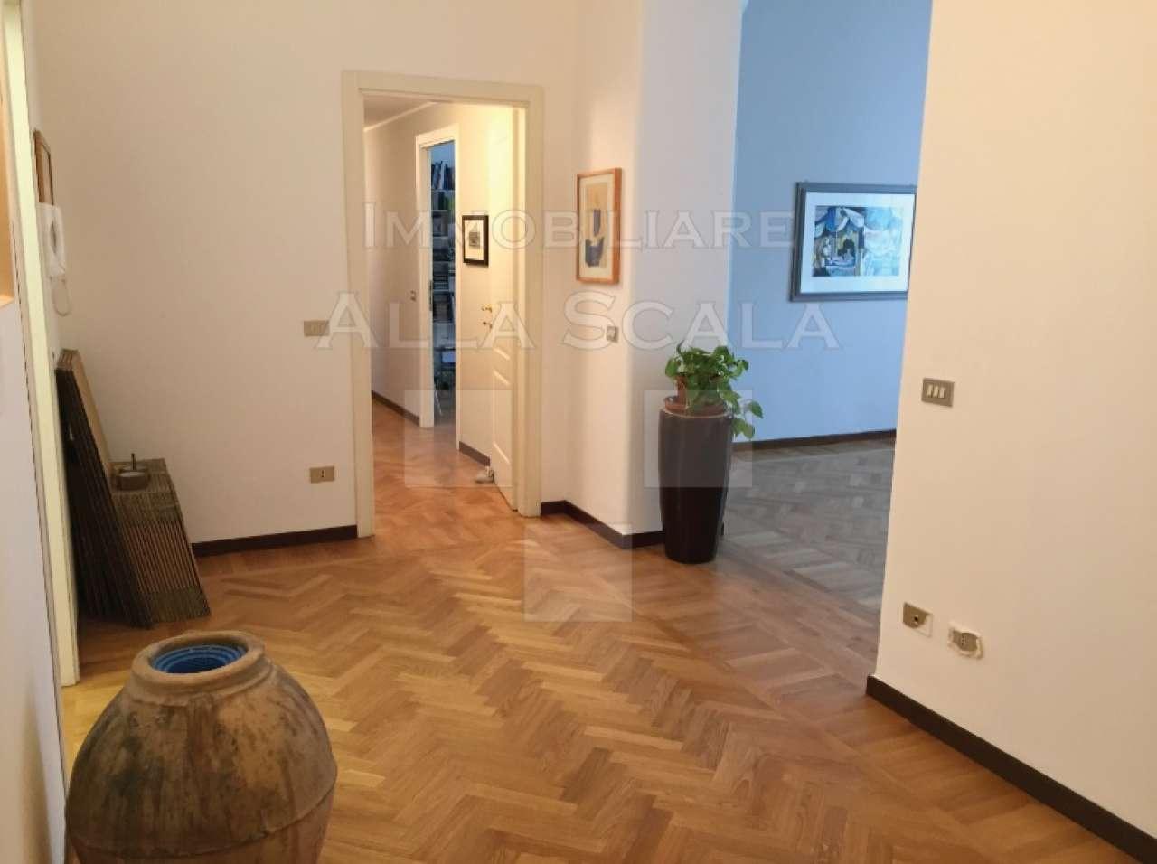Appartamento in Affitto a Milano 08 Vercelli / Magenta / Cadorna / Washington: 4 locali, 160 mq
