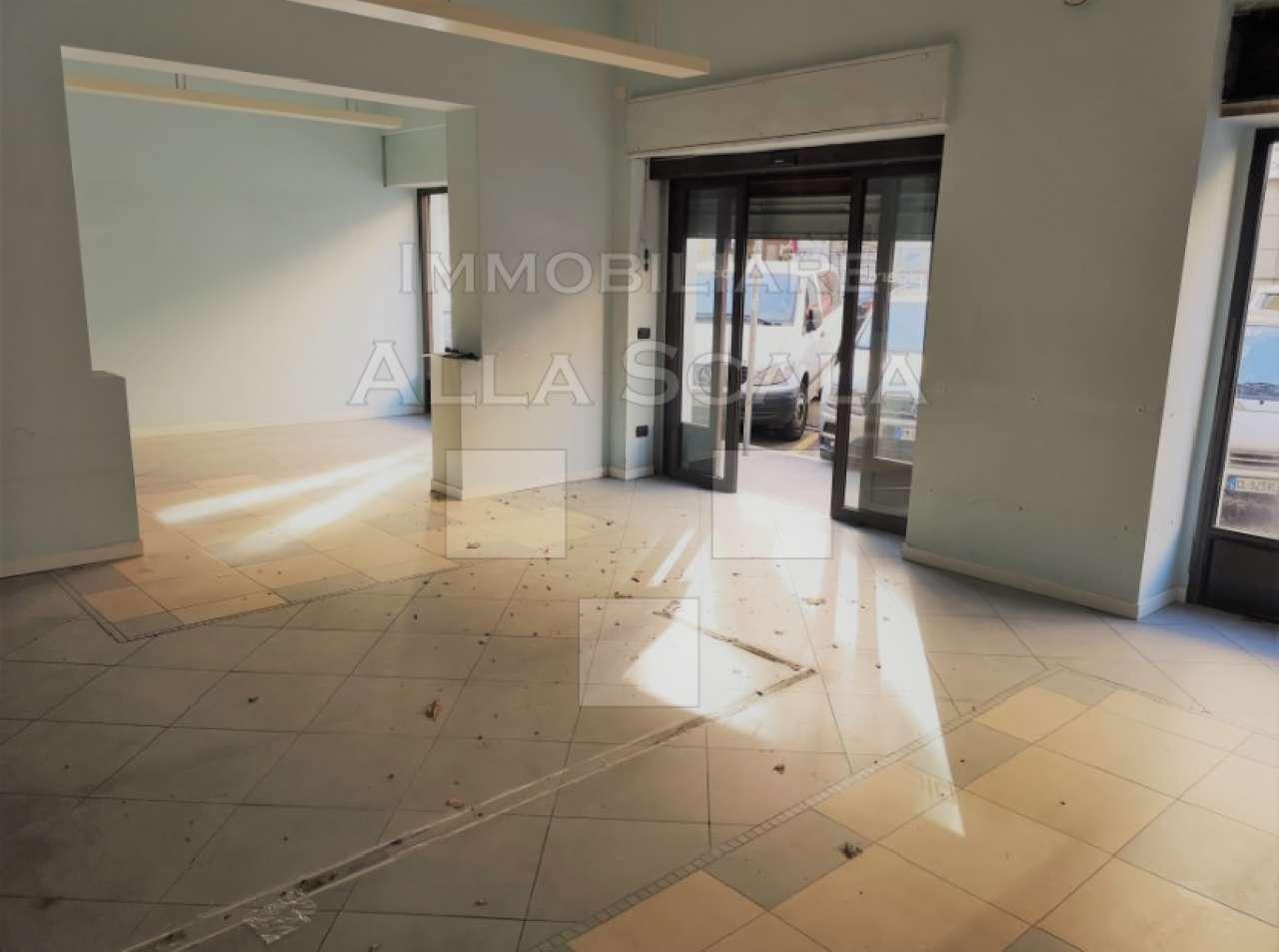 Negozio-locale in Affitto a Milano 01 Centro storico (Cerchia dei Navigli):  2 locali, 280 mq  - Foto 1