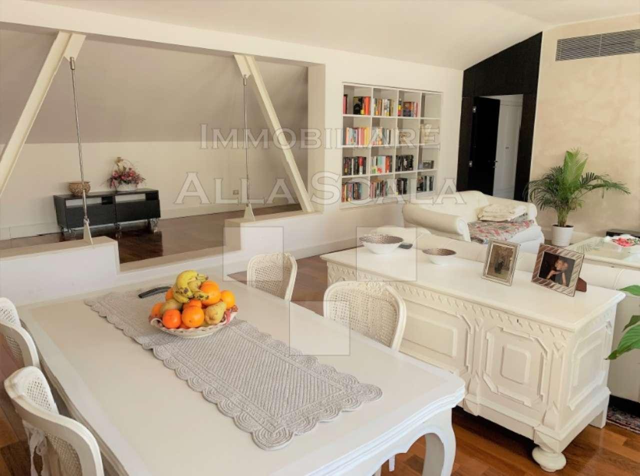 Appartamento in affitto a milano piazza borromeo for Appartamento design affitto milano