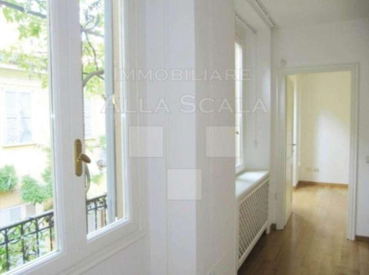 Appartamento in affitto a Milano, 3 locali, zona Zona: 1 . Centro Storico, Duomo, Brera, Cadorna, Cattolica, prezzo € 2.330 | CambioCasa.it
