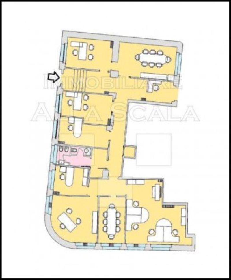 Ufficio studio in affitto a milano via filippo turati for Planimetrie strette