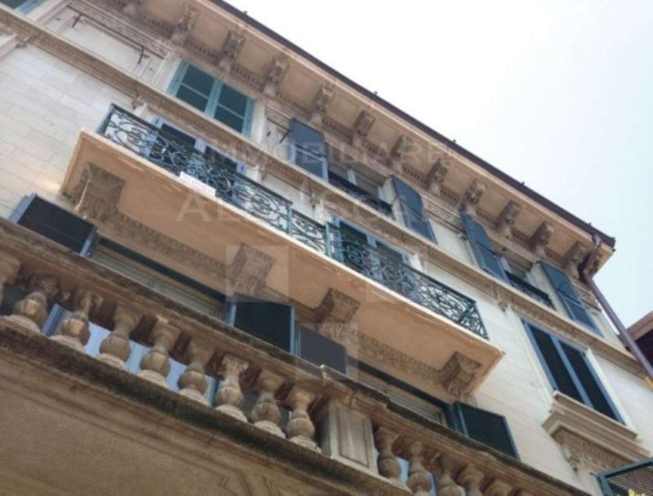 Bilocale Milano Via Marco Formentini 1