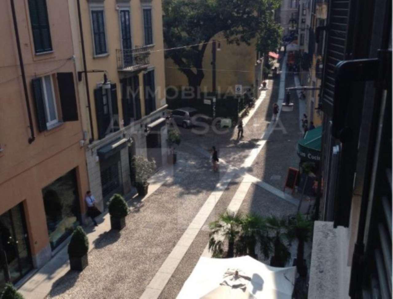 Bilocale Milano Via Marco Formentini 5