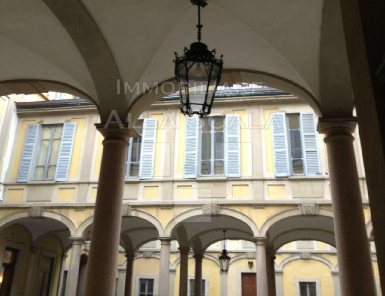 Ufficio-studio in Affitto a Milano 01 Centro storico (Cerchia dei Navigli): 5 locali, 350 mq
