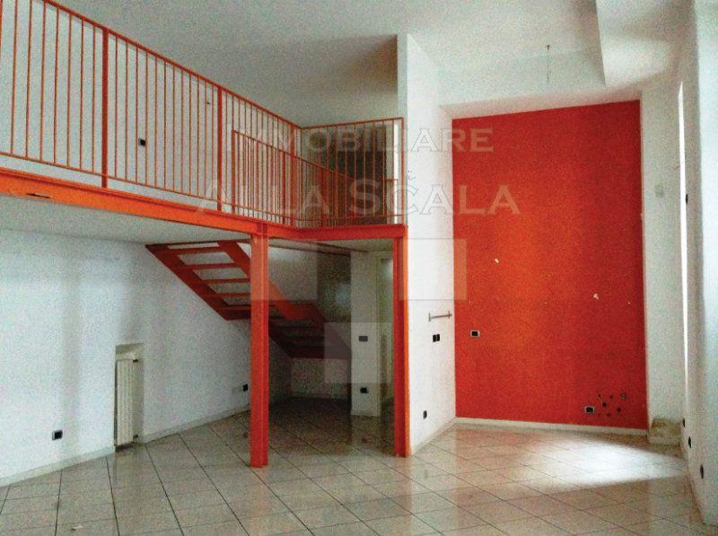 Affitto loft milano bed mattress sale for Case affitto privati milano