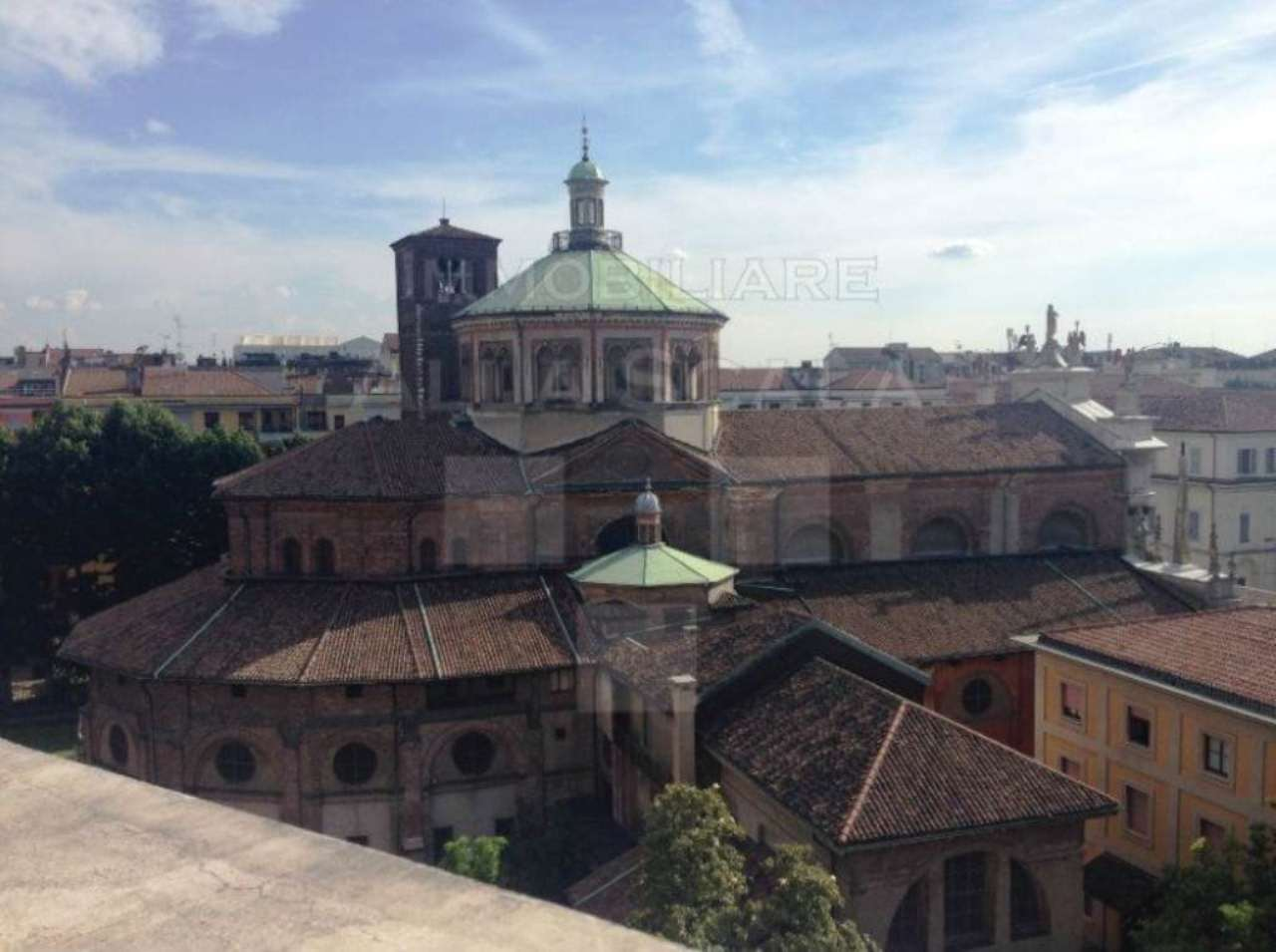 Bilocale Milano Via Quadronno 5