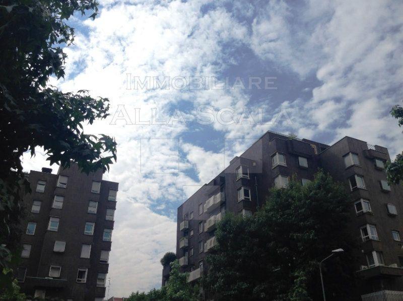 Appartamento in Vendita a Milano 18  Fiera / Sempione / Vercelli: 5 locali, 210 mq