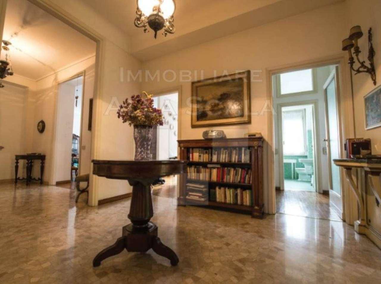 Appartamento in Vendita a Milano: 5 locali, 245 mq - Foto 8