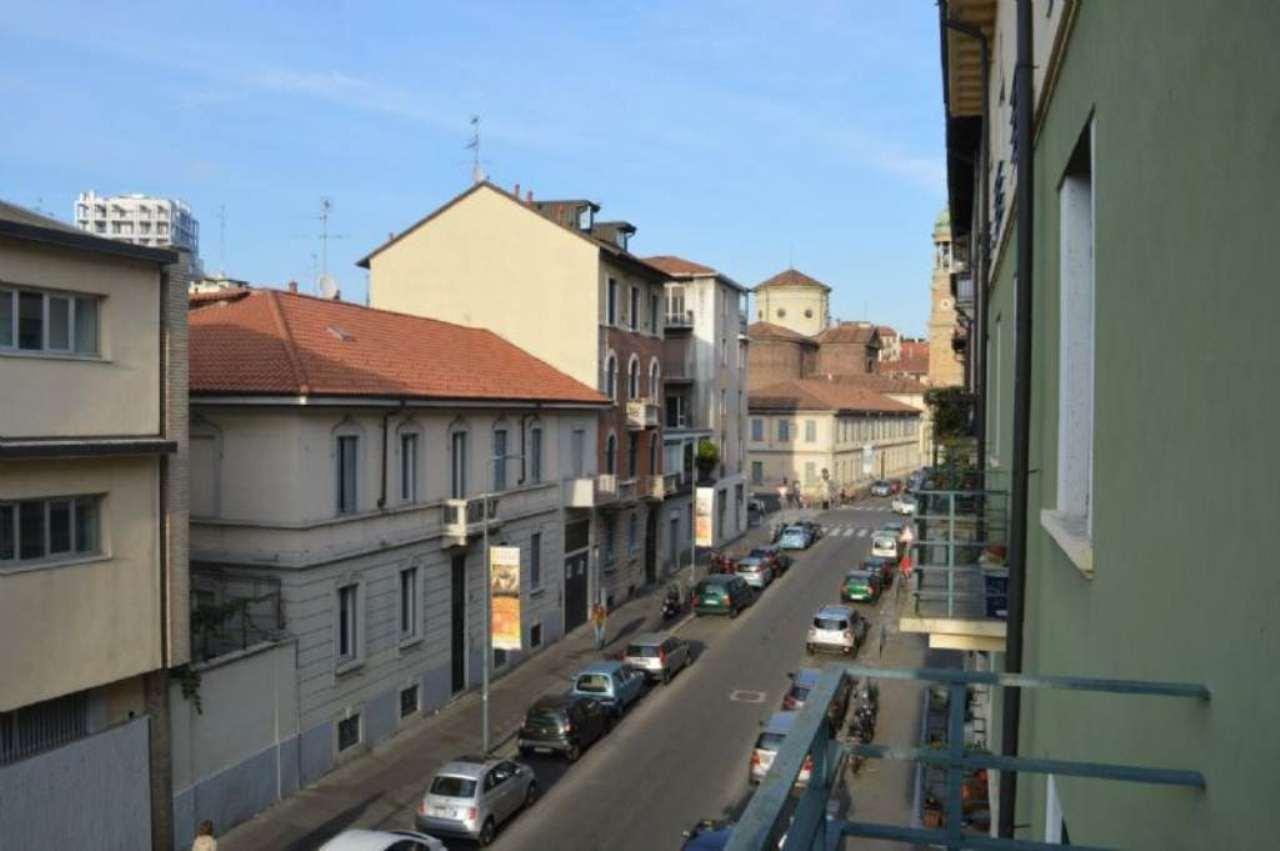 Bilocale Milano Via Vallarsa 12
