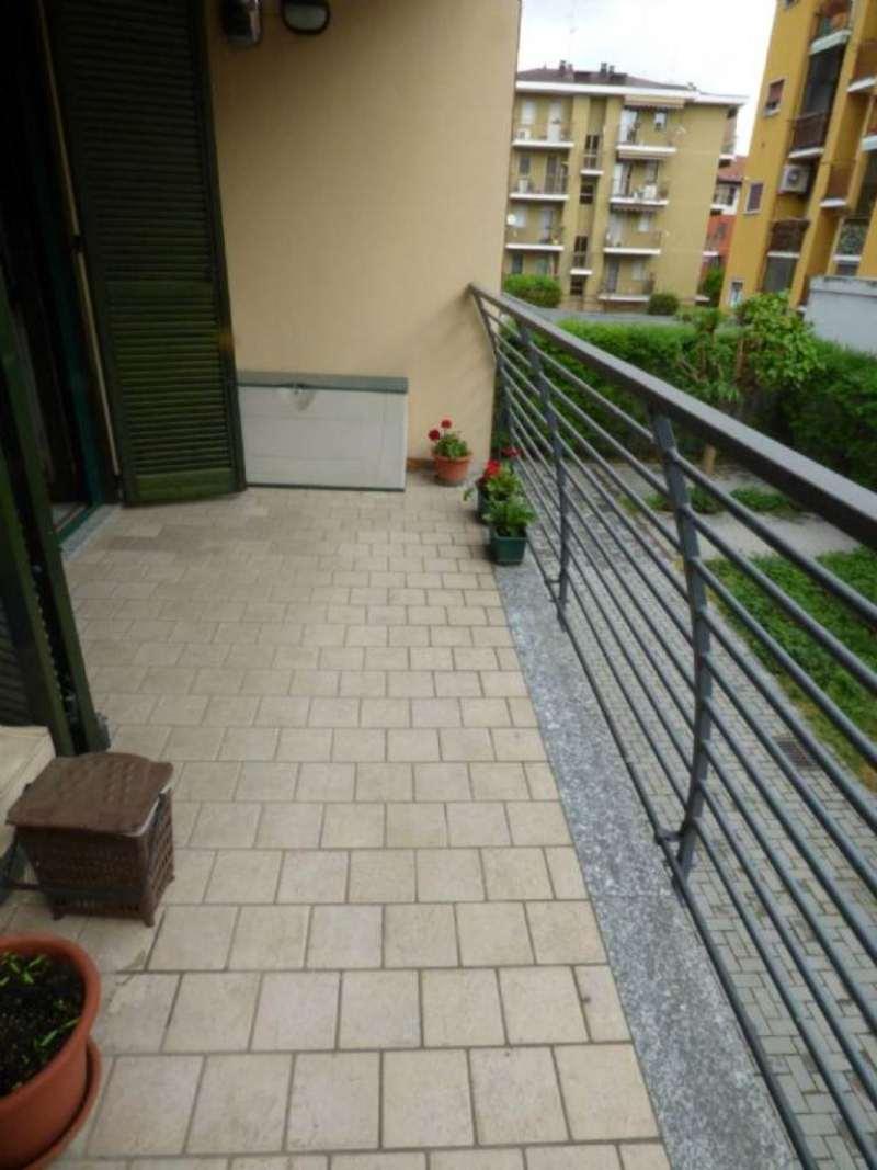 Bilocale Milano Via Camozzi 12