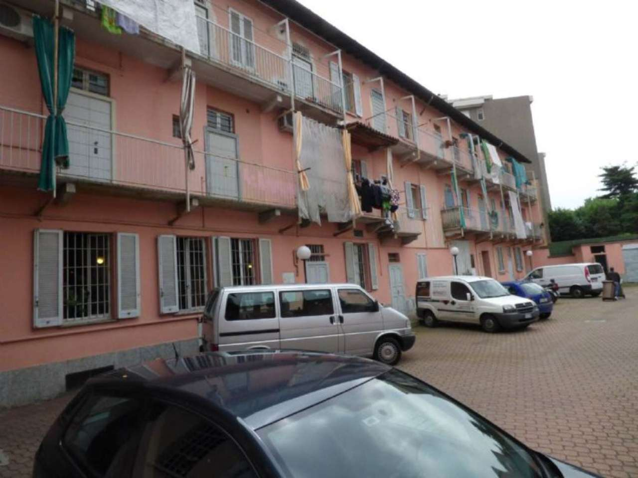 Bilocale Milano Via Delle Forze Armate 3