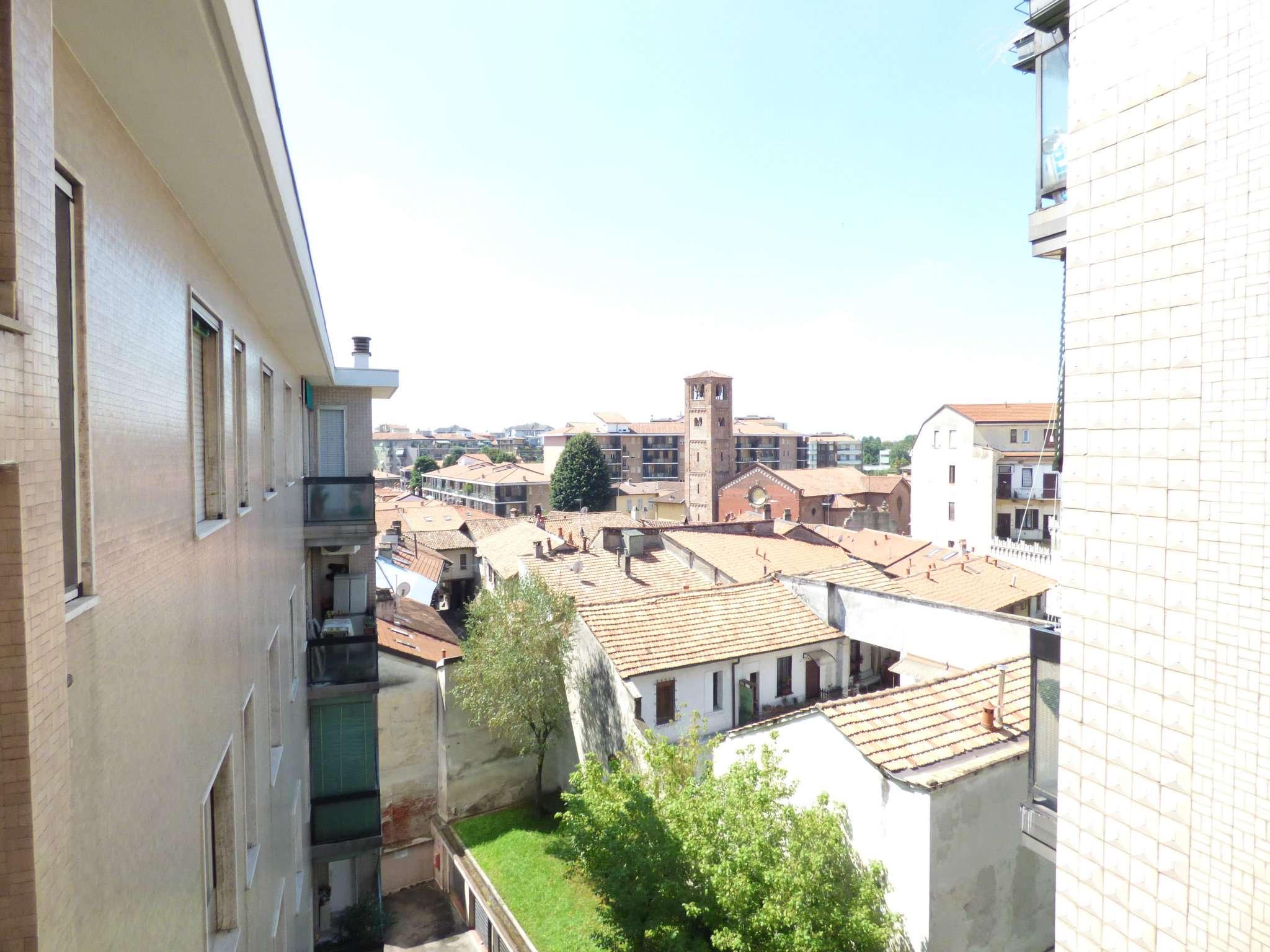 Bilocale Milano Via Dalmine 2
