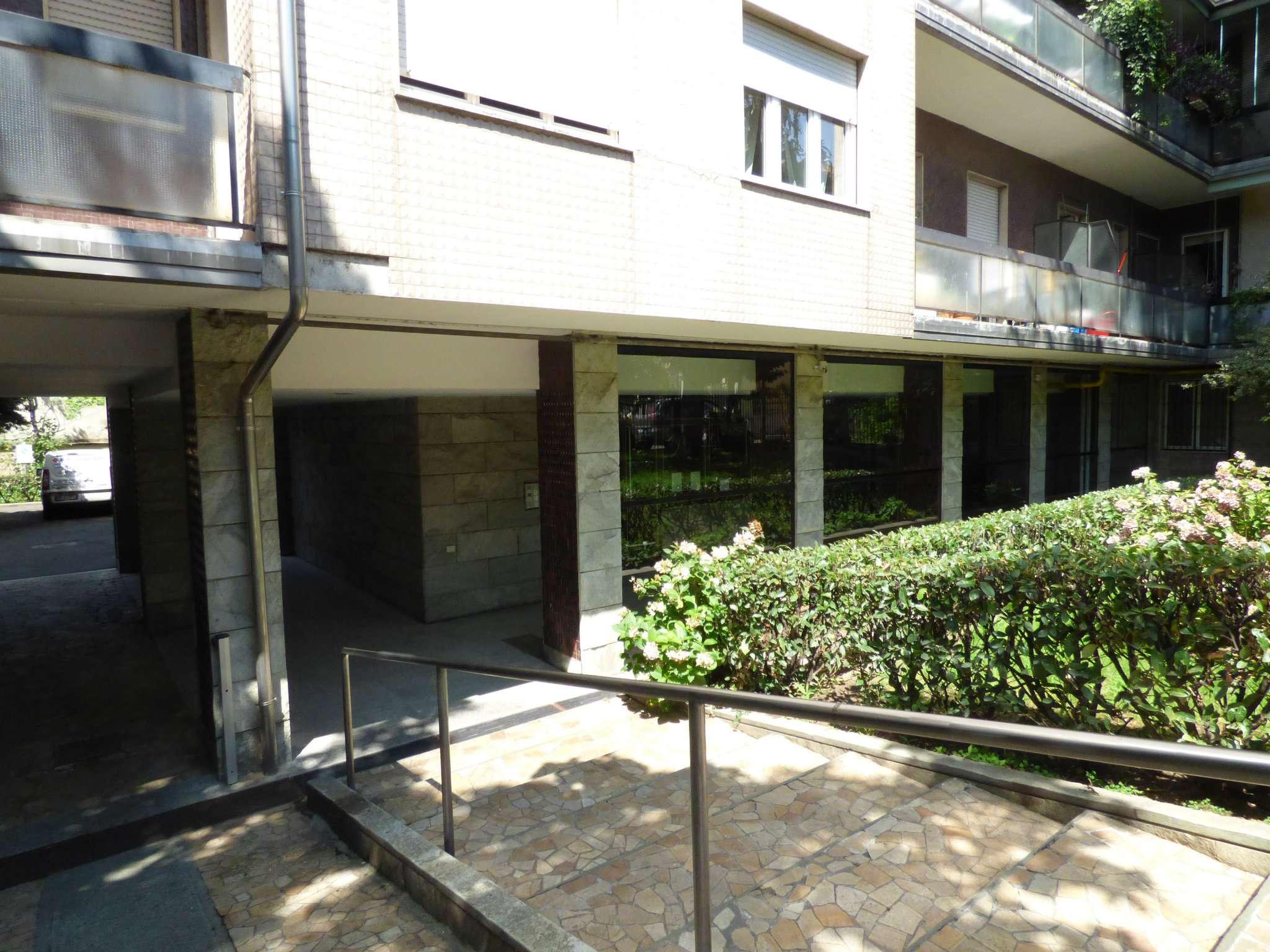 Bilocale Milano Via Dalmine 13