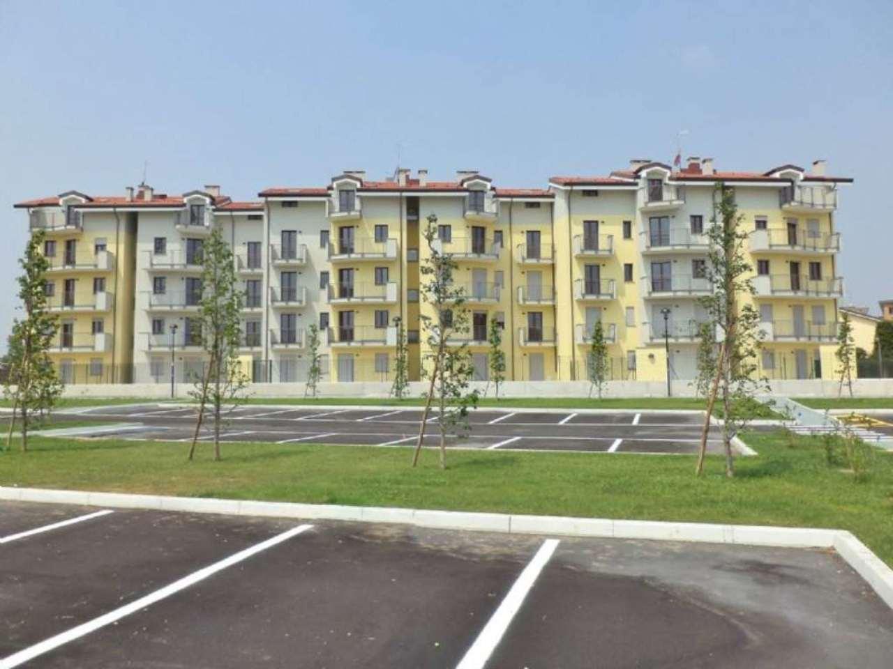 Appartamento in vendita a Arluno, 3 locali, prezzo € 171.900 | Cambio Casa.it