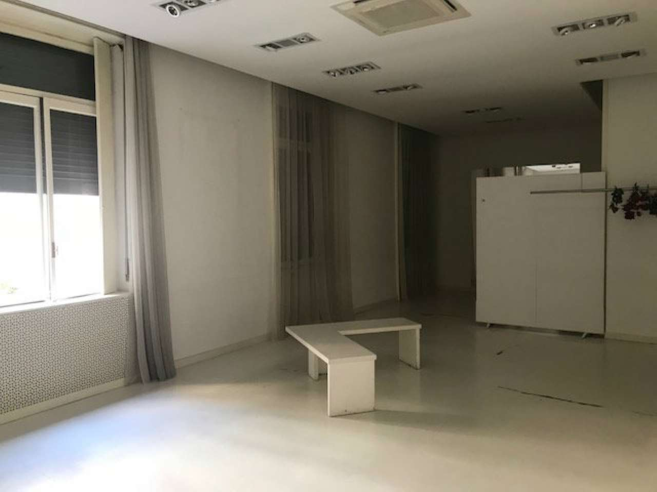 Ufficio-studio in Affitto a Milano 01 Centro storico (Cerchia dei Navigli): 160 mq