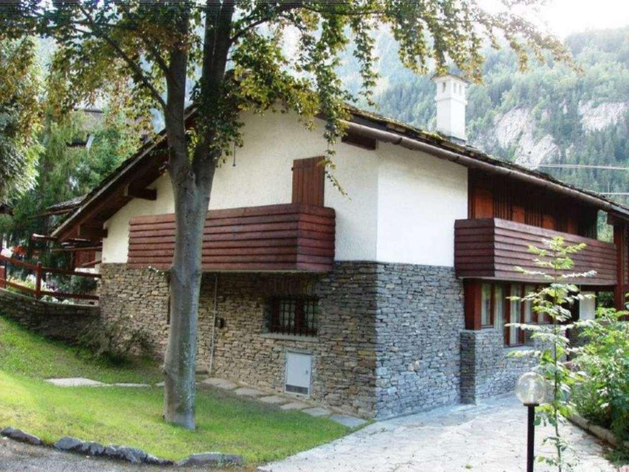 Villa in Vendita a Courmayeur: 5 locali, 450 mq - Foto 4