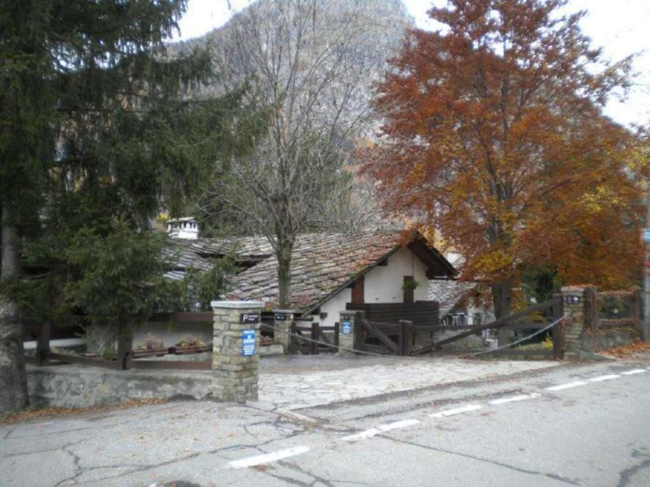 Villa in Vendita a Courmayeur: 5 locali, 450 mq - Foto 8