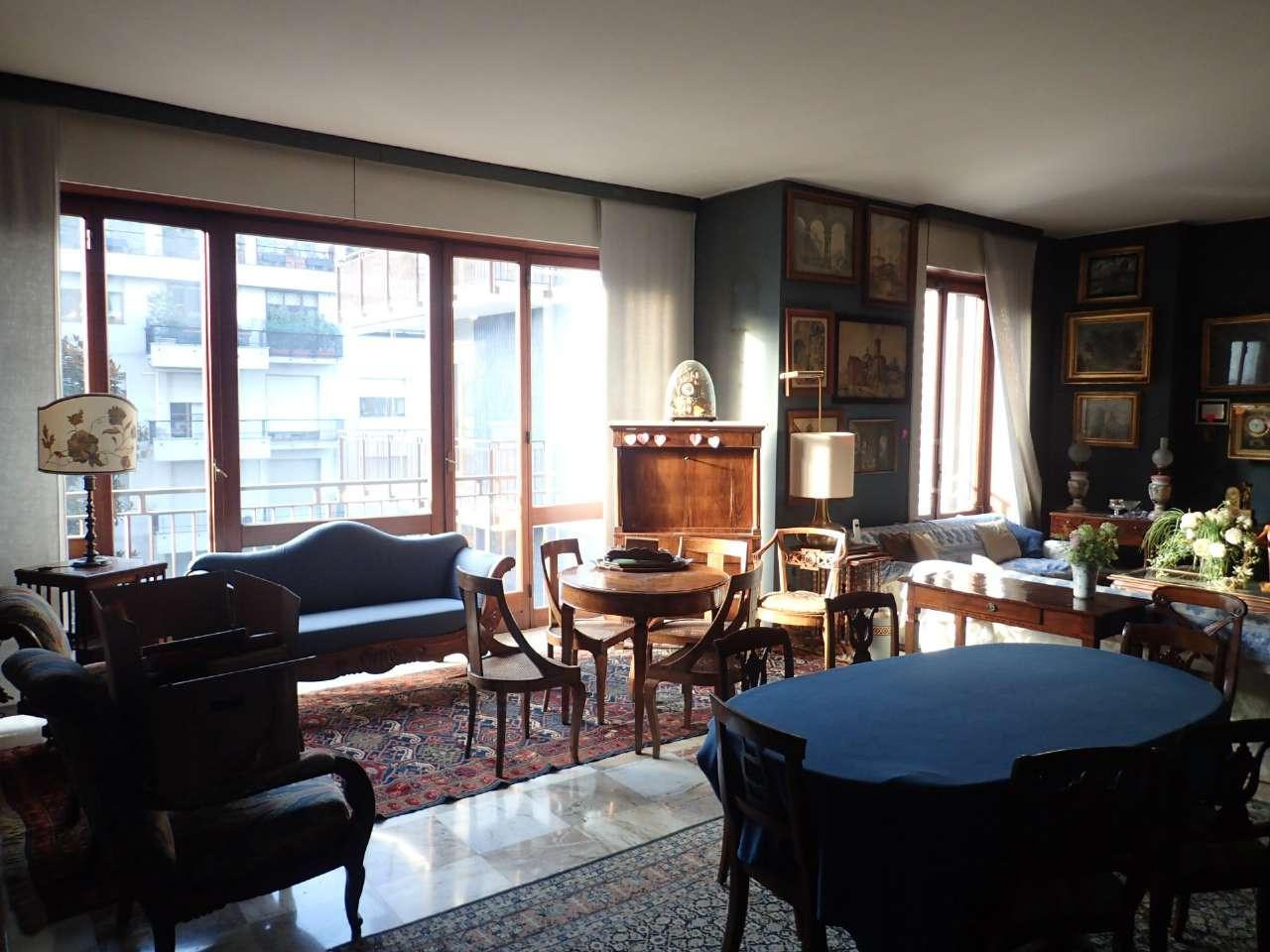 Appartamento in Vendita a Milano: 5 locali, 275 mq - Foto 1