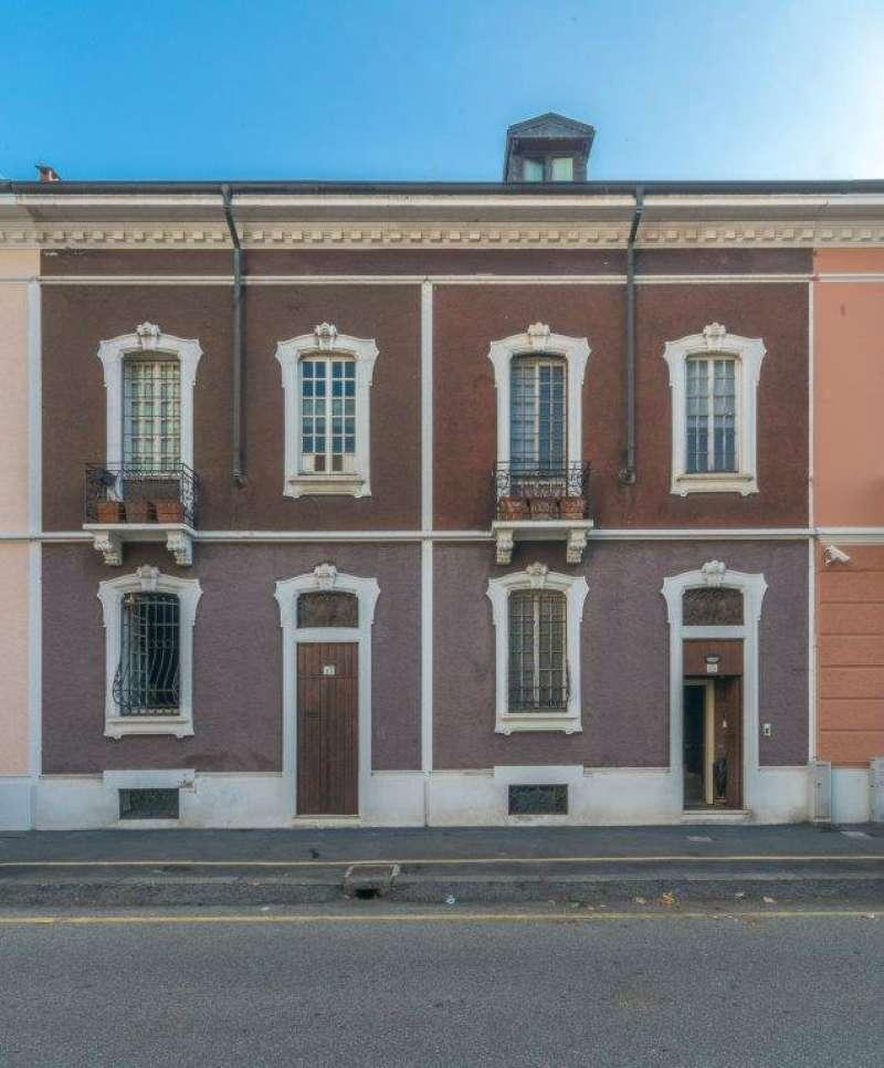 Villa in vendita a Milano, 9 locali, zona Zona: 12 . De Angeli, Vercelli, Washington, Sicilia, S. Michele del Carso, prezzo € 2.700.000 | CambioCasa.it