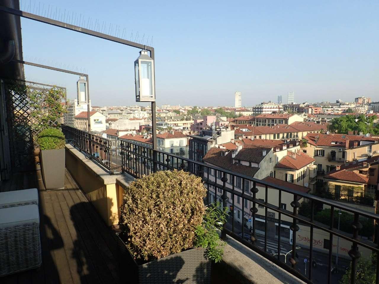 Attico / Mansarda in affitto a Milano, 3 locali, zona Zona: 8 . Bocconi, C.so Italia, Ticinese, Bligny, prezzo € 2.125 | Cambio Casa.it
