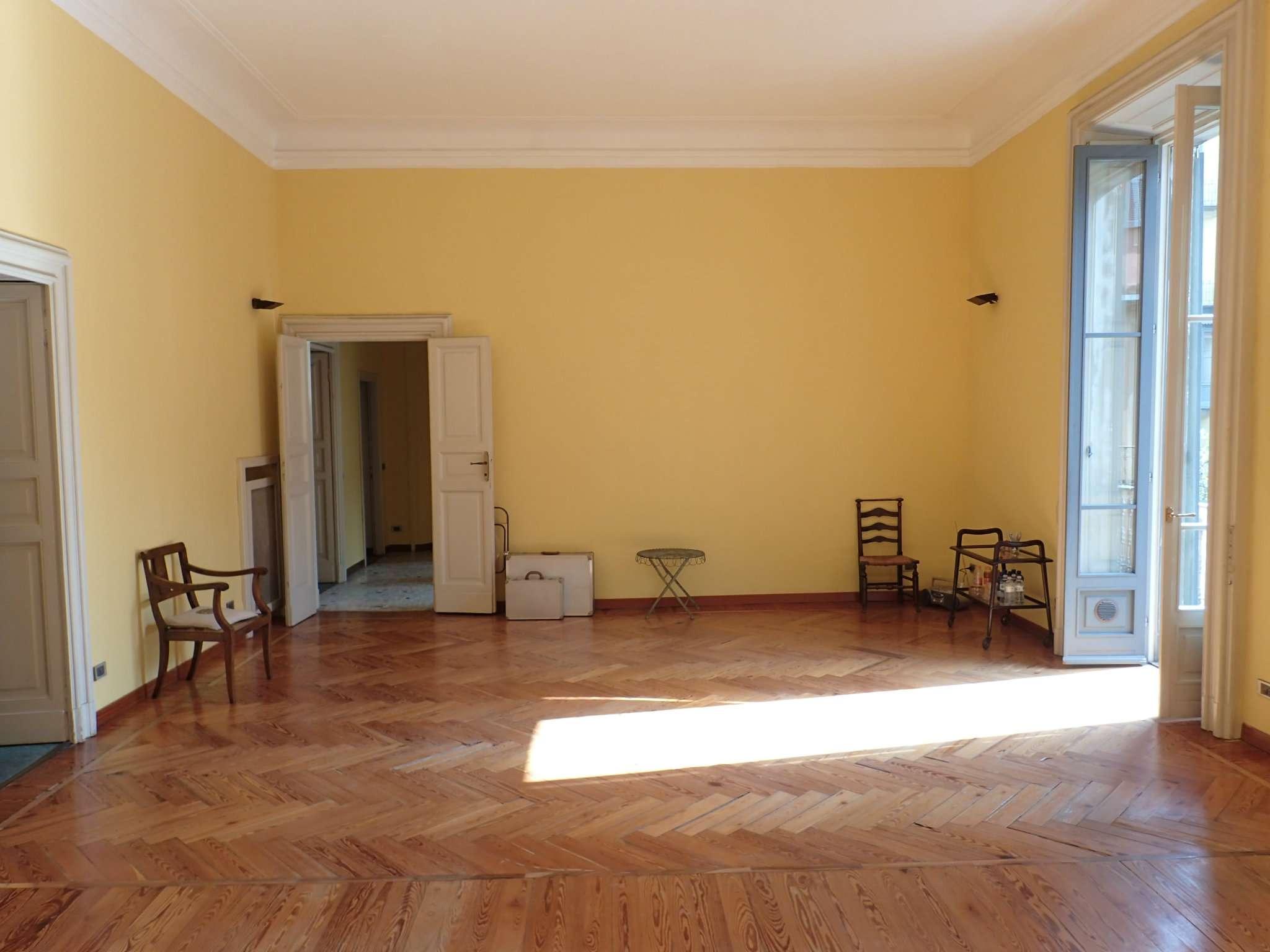 Appartamento di lusso in vendita a milano via paleocapa for Grandi planimetrie dell appartamento