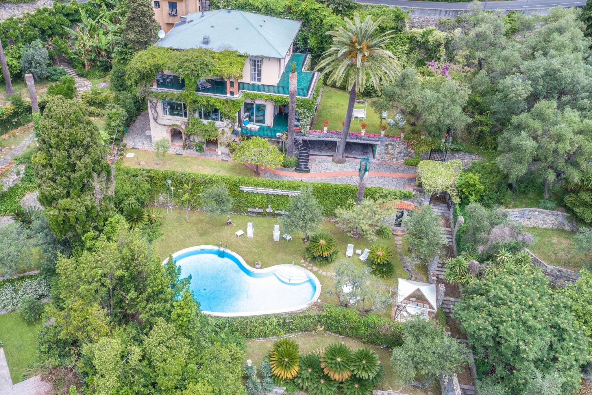 Villa in Vendita a Santa Margherita Ligure via