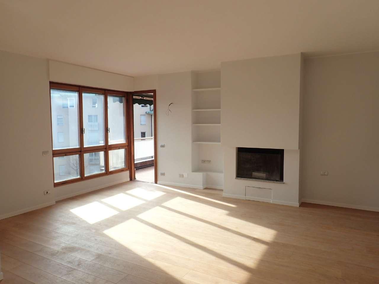 Appartamento in Vendita a Milano via monte rosa
