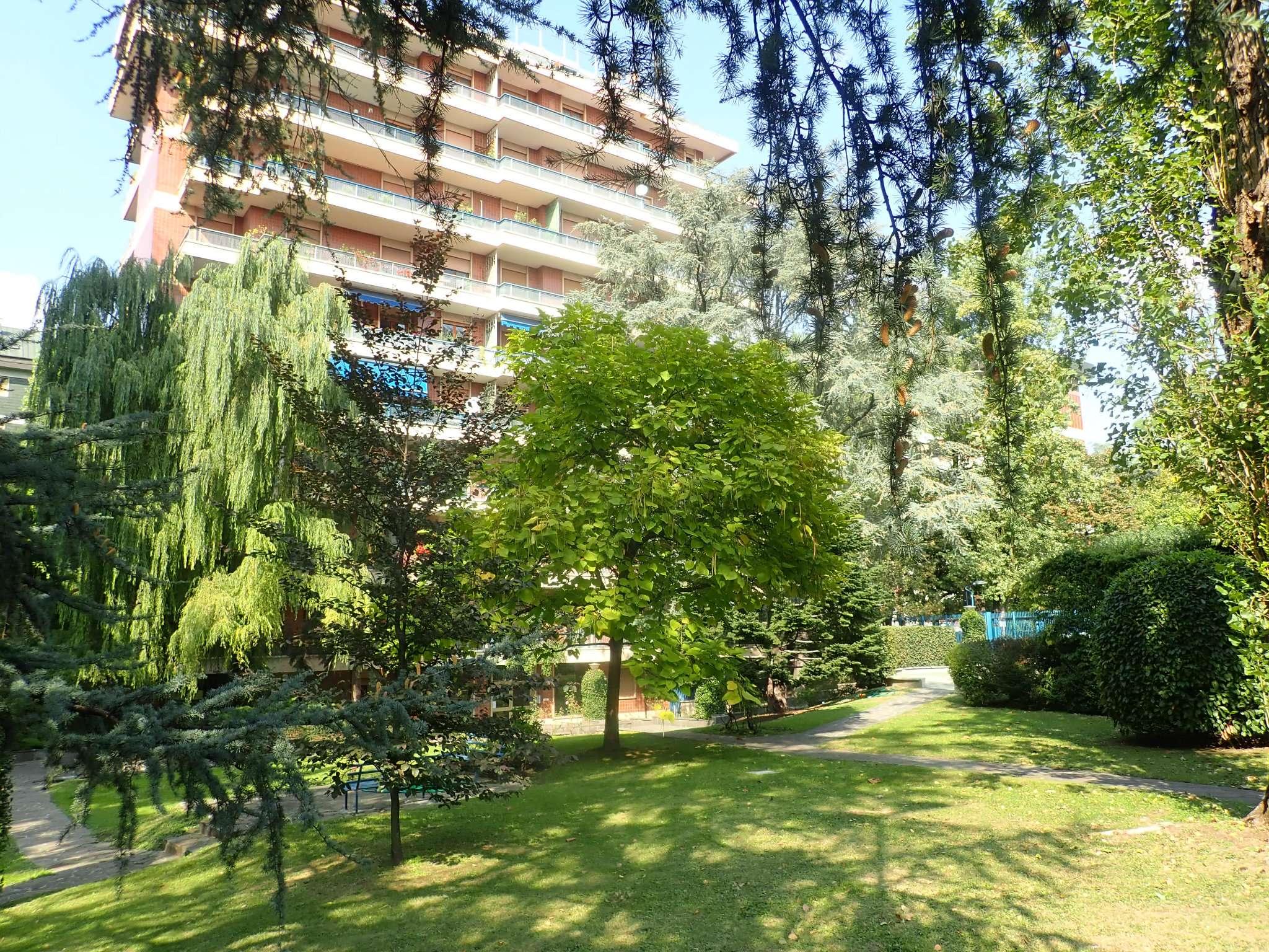 Appartamento in Vendita a Milano 18 Ippodromo / San Siro / Zavattari: 4 locali, 150 mq